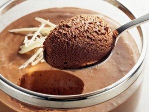 sorvete de mousse de chocolate