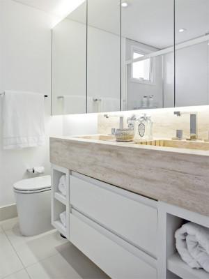 01-banheiros-pequenos-com espelhos