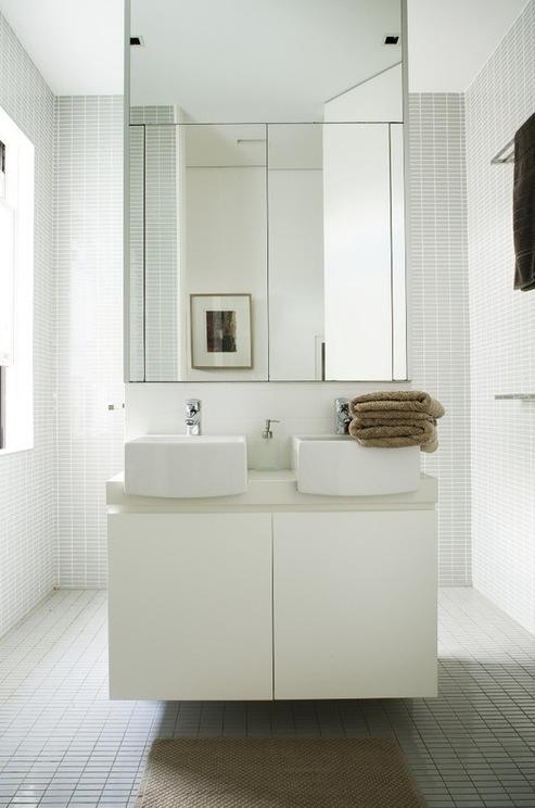 Dicas de Decoração para Banheiros Pequenos -> Banheiro Pequeno Espelho