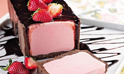 Torta-de-sorvete-com-biscoito