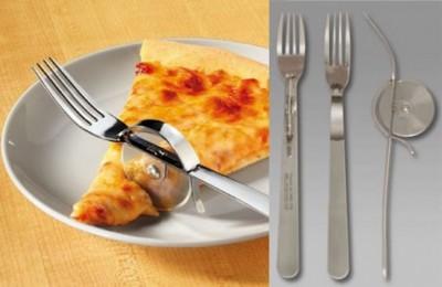 talheres com cortador pizza