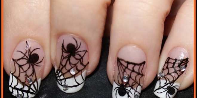 Unhas decoradas para Halloween