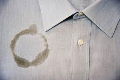 como-remover-manchas-de-oleo-da-roupa