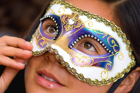 Imprima e faça sua própria Máscara de Carnaval