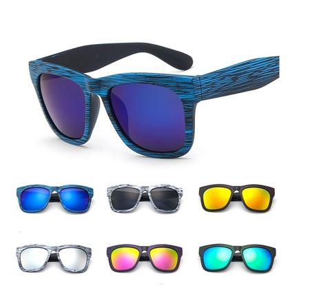 Óculos estilo madeira